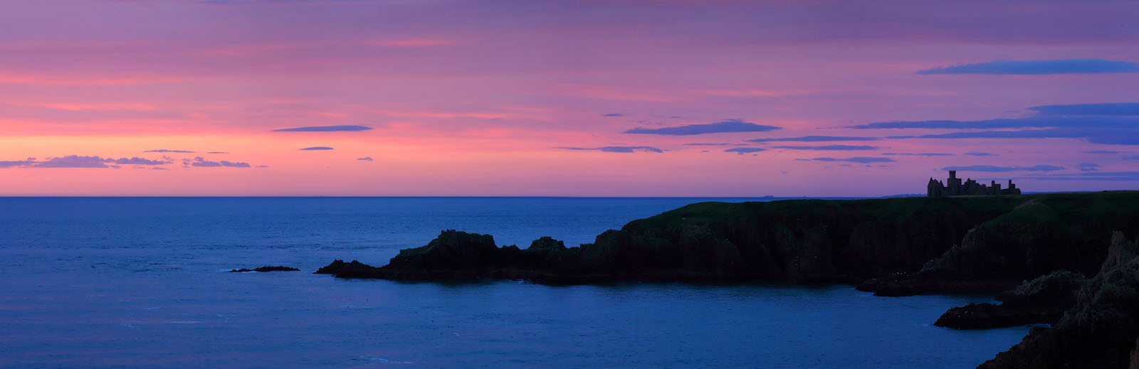 SLAINS001 : Slains Castle near Cruden Bay, Aberdeenshire